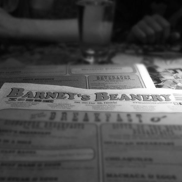 barney beanery west hollywood