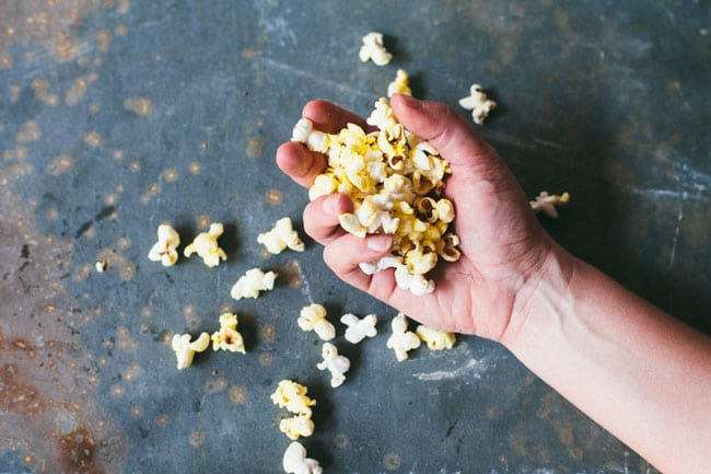 The Perfect Buttery Vegan Kettle Corn + VIDEO