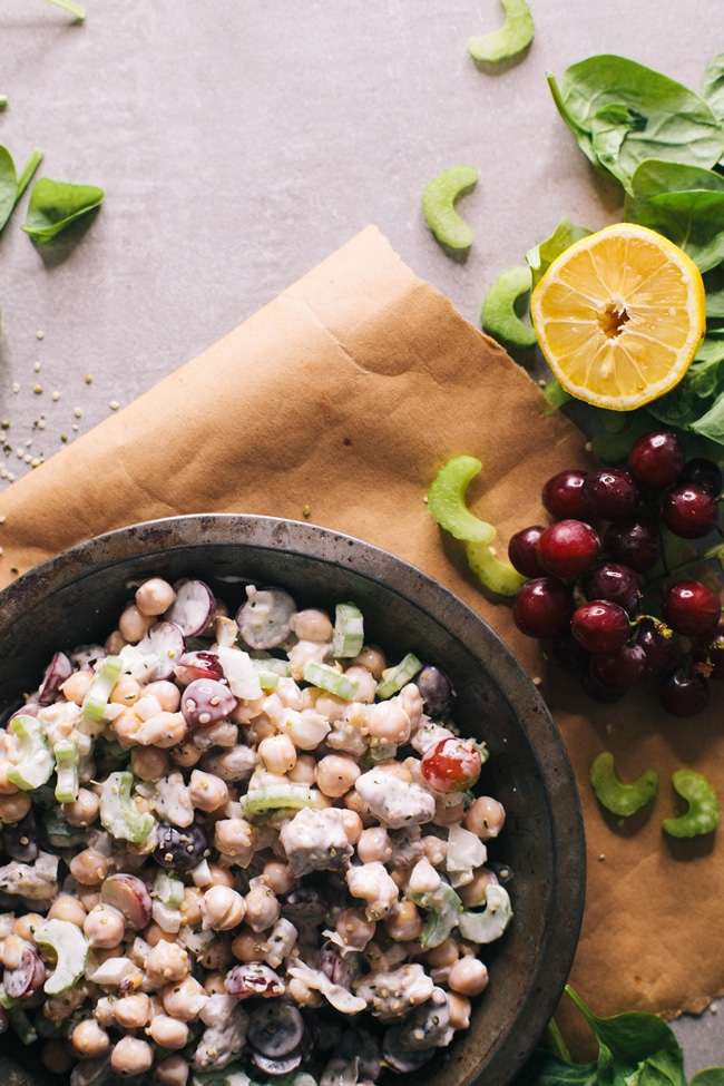 delicious chickpea salad (a quick and easy alternative to chicken salad!)