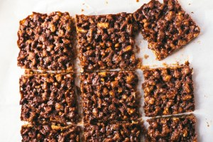Health-ier Pecan Pie Bars | Thanksgiving Thursday