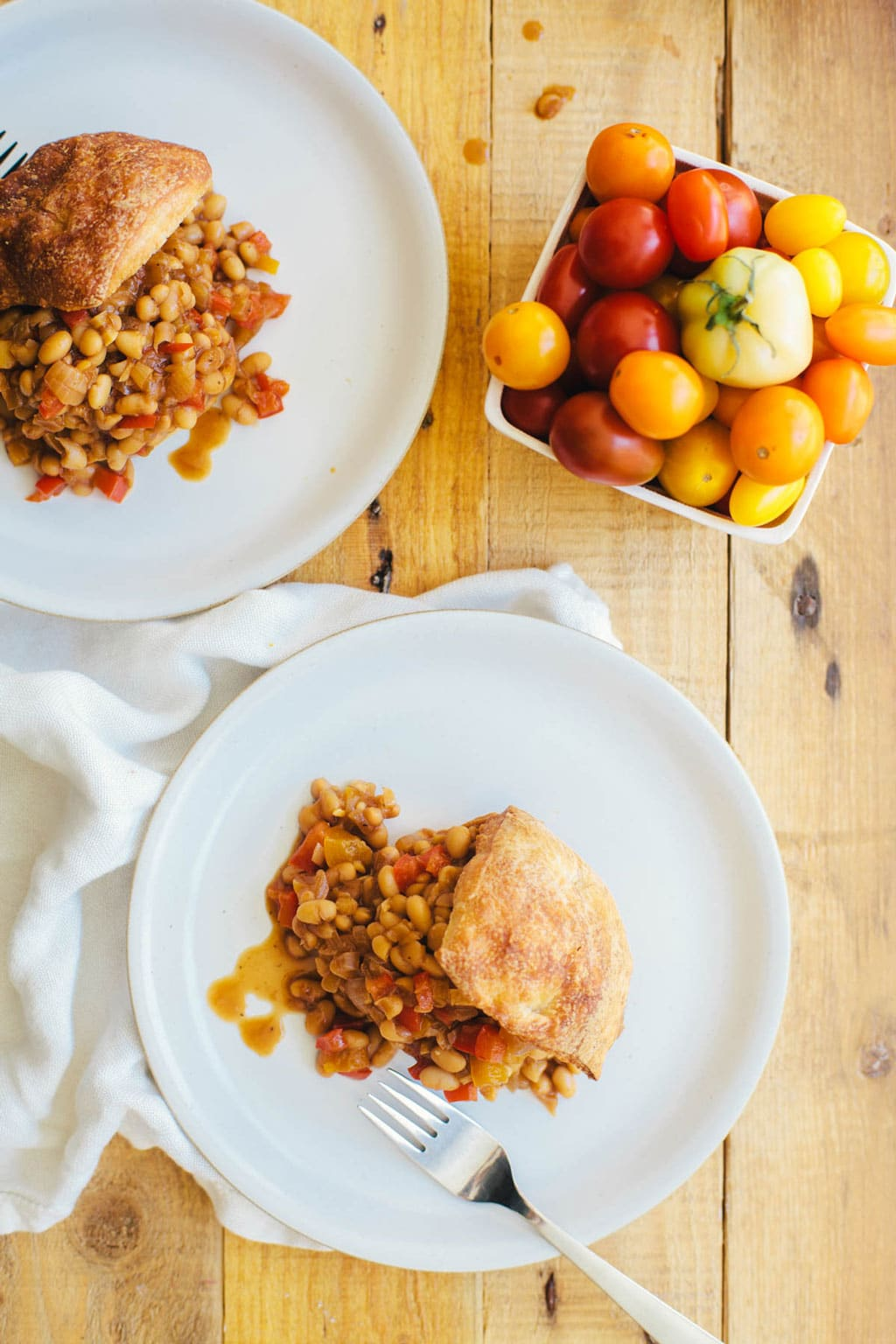 Healthy Southern Baked Beans | Brewing Happiness