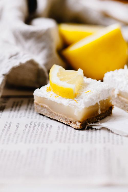 lemon bar slice