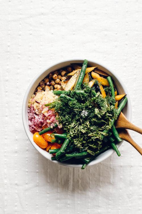 untossed farmers' market quinoa salad
