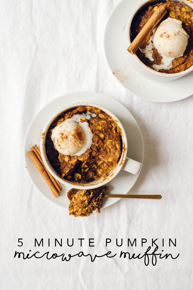 No need to skip breakfast (or dessert) when you are in a rush! This 5-Minute Pumpkin Microwave Muffin is moist, delicious, healthy and FAST. #mugmuffin #microwavemuffin #pumpkin #recipe #vegan | Brewing Happiness