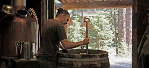 Brewing sahti at the Ale Apothecary