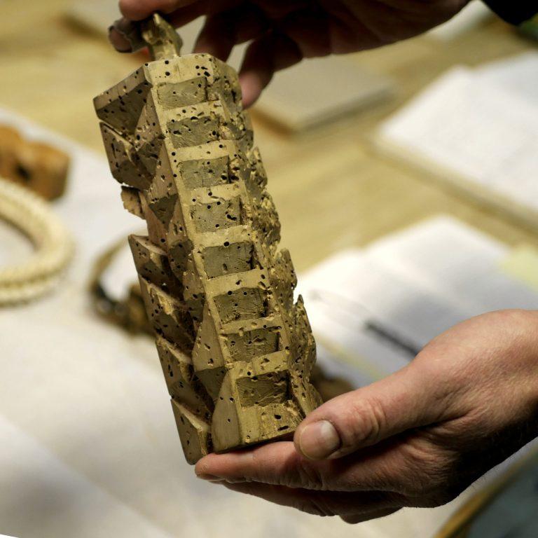 A yeast log for harvesting kveik from fermenter