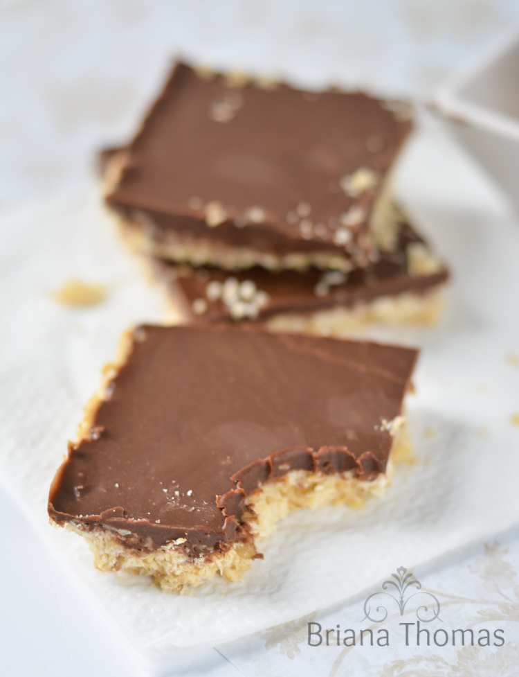 These Brianafinger Bars are THM:S, low carb, sugar free, and gluten/egg free. The flavors are a knock off of the Butterfinger candy bar!