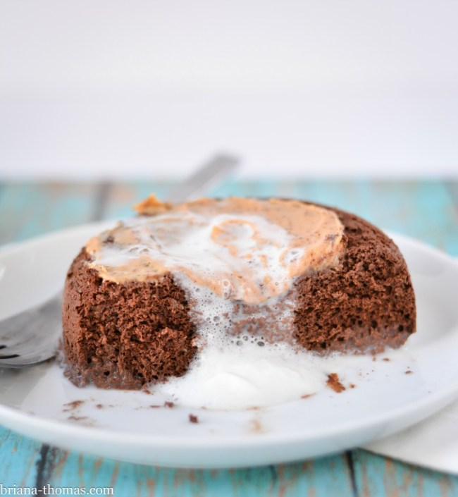 5 Ingredient Single-Serve Chocolate Cake