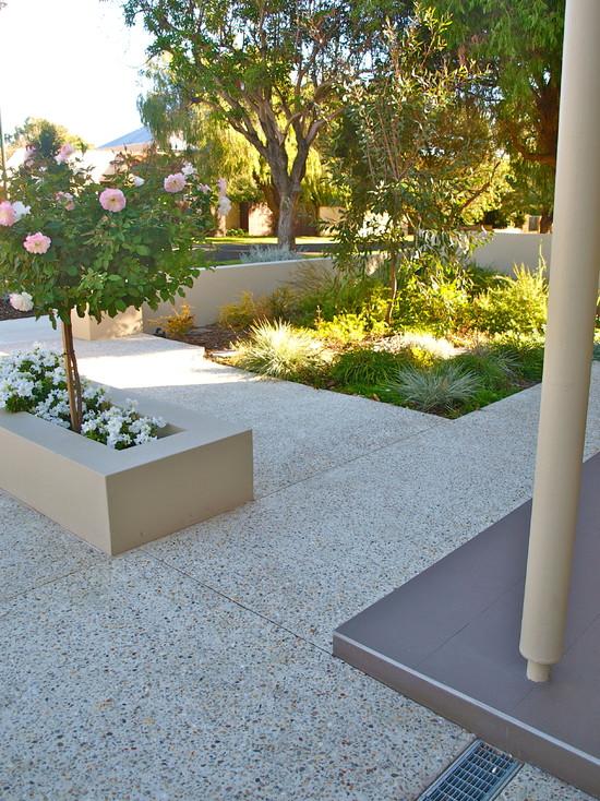 Contemporary Garden And Vertical Garden Feature (Perth)