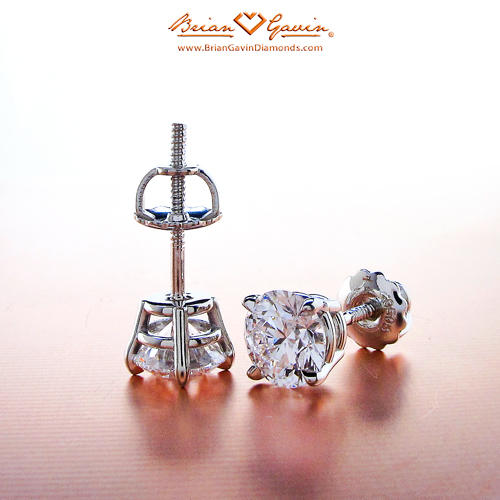 Friction back vs Screw back diamond stud earrings
