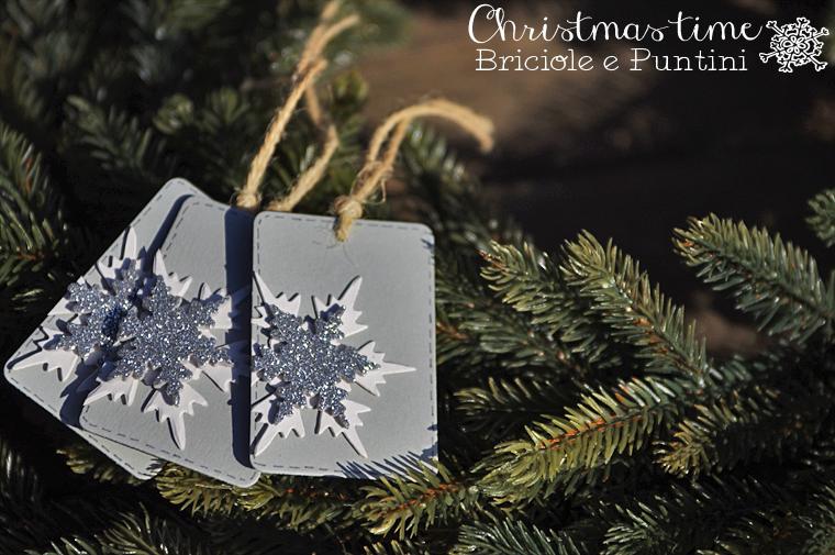 tag natalizie con fiocchi di neve in gomma crepla