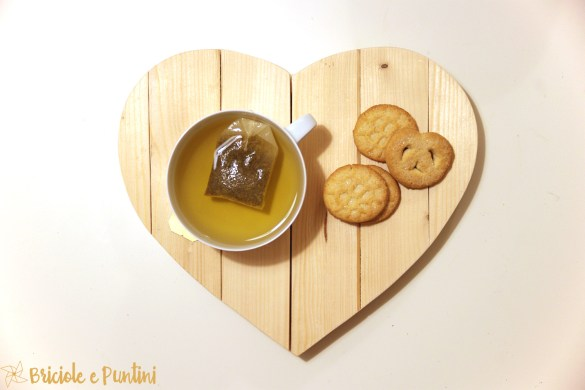 sottopentola in legno a forma di cuore con Dremel - tutorial di San Valentino