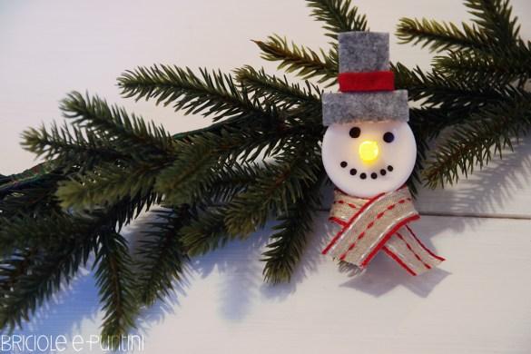 idee fai da te per Natale - pupazzi di neve con i lumini