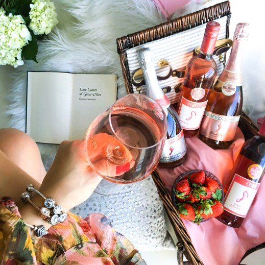 How to Create the Perfect Rosé Sangria for Your Next Dinner Party