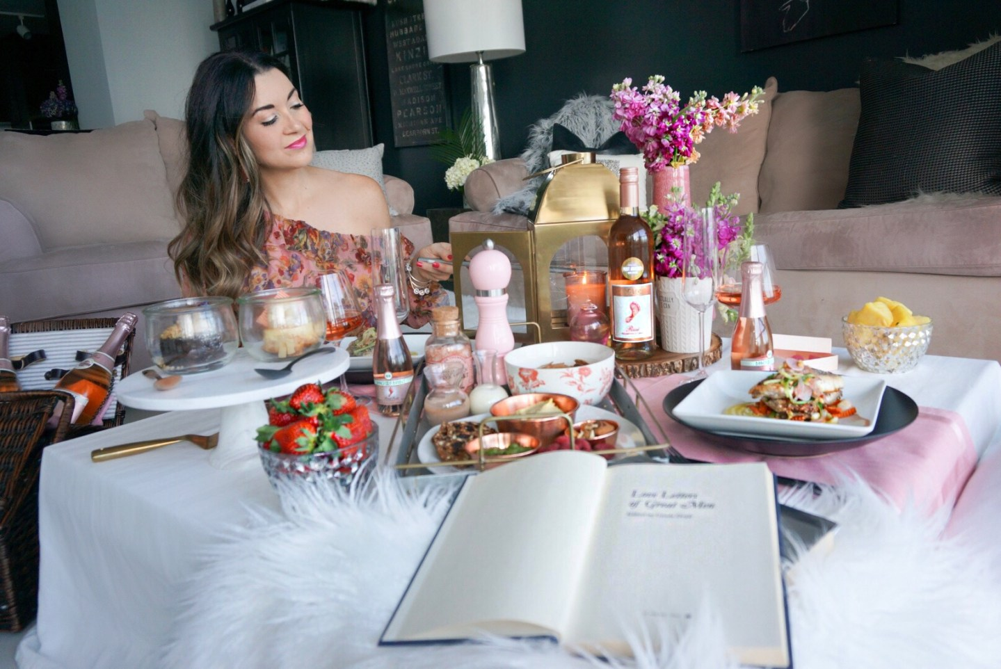 A Romantic Indoor Picnic Ideas And Living Room Setup For Valentine S Day
