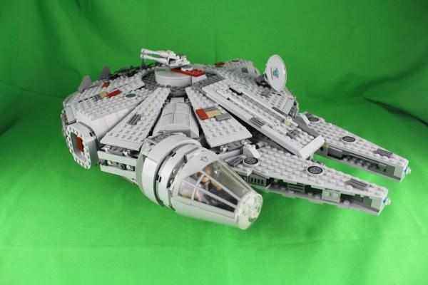 7965 - Millenium Falcon