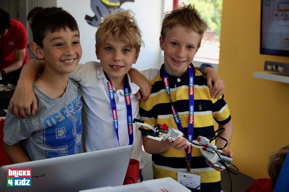 62 BRICKS 4 KIDZ LEGO Workshops Programs Holiday