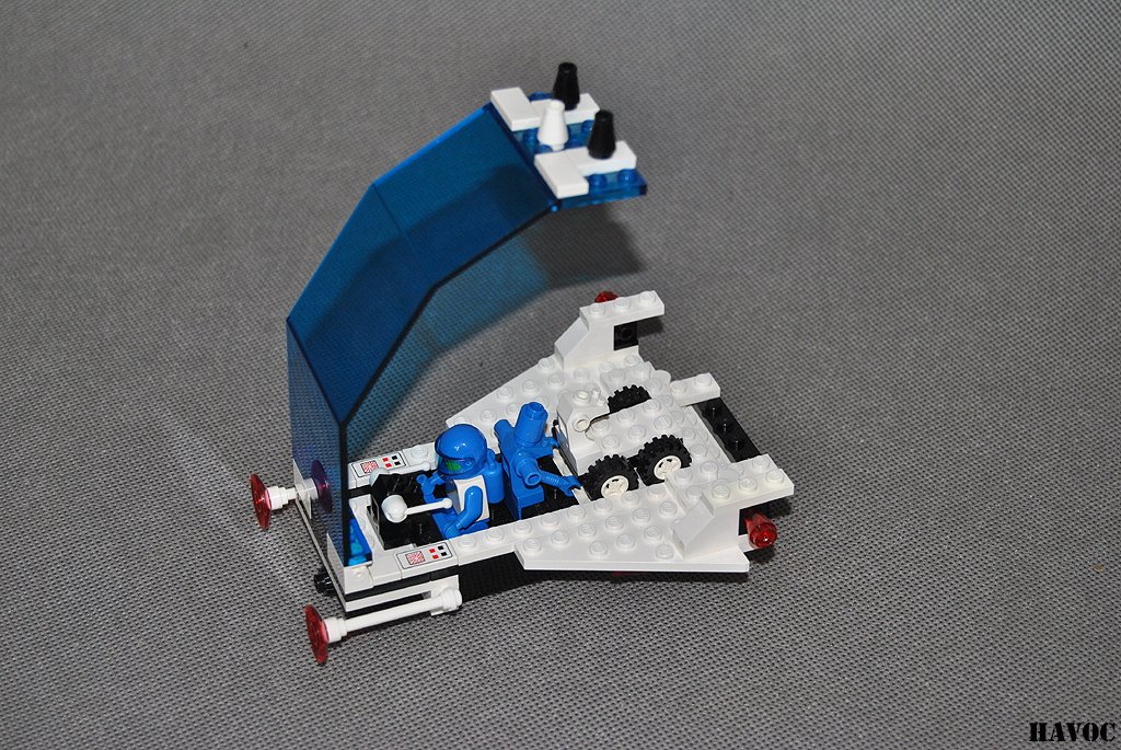 https://i0.wp.com/www.brickshelf.com/gallery/Havoc/Reviews/Futuron/25.jpg