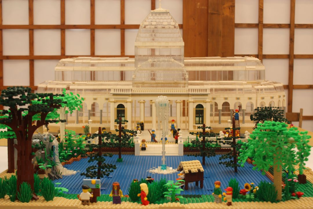 https://i0.wp.com/www.brickshelf.com/gallery/Legomikos/HispaLUG-Expo-2012/fotos_011.jpg