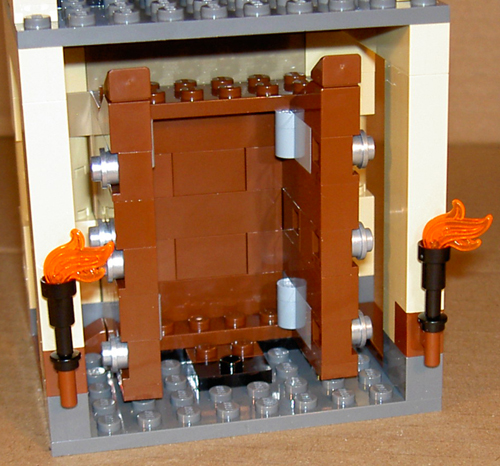 https://i0.wp.com/www.brickshelf.com/gallery/mirandir/Recensioner/librar_bottomfloor_open.jpg
