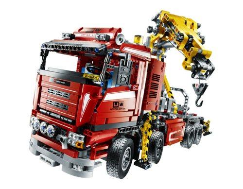 8258 Crane Truck