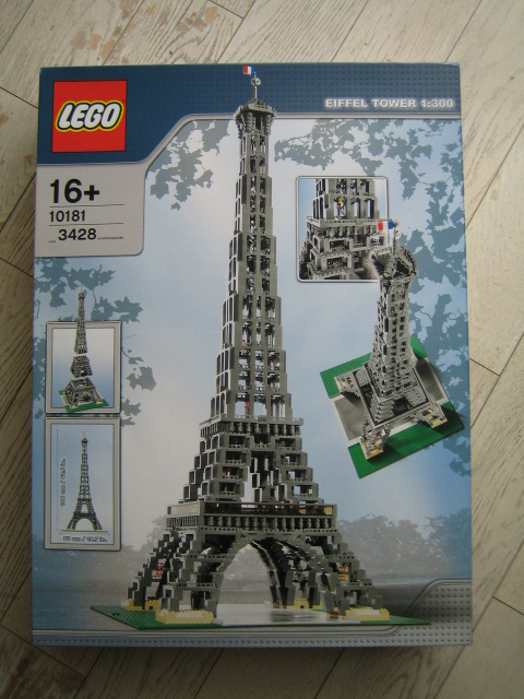 10181 Eiffel Tower Pictures  The Brothers Brick  The