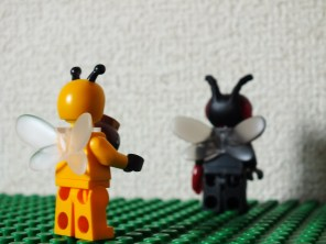Bea Bee and the Fly - 2