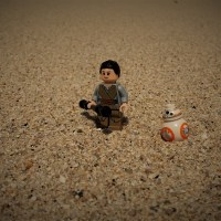 Lego Rey and BB-8 on Jakku