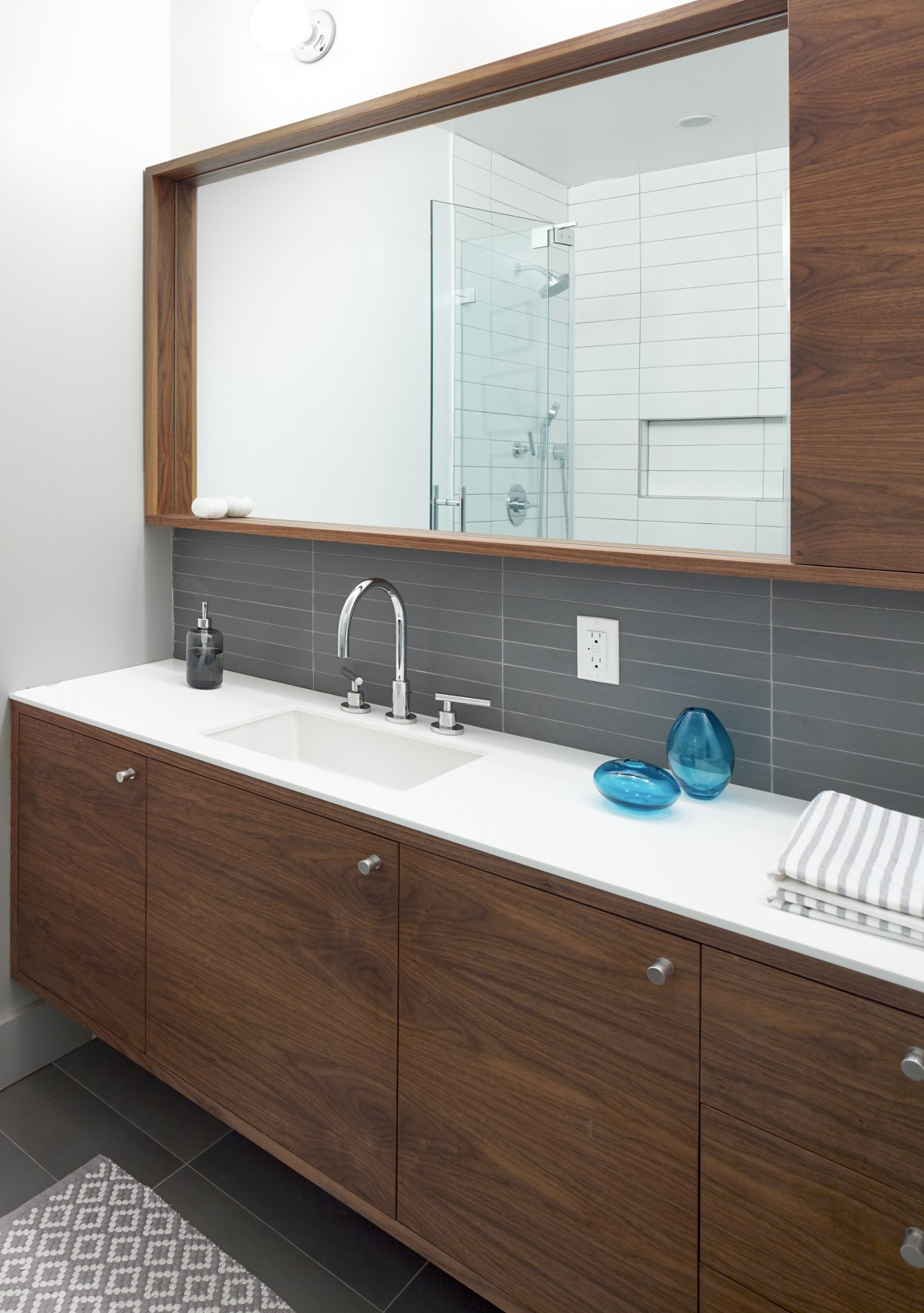 How To Save Money On Your Nyc Bathroom Renovation Where To Skimp And Where To Splurge