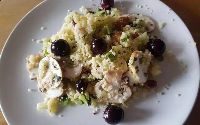 Salade croquante aux raisins rôtis
