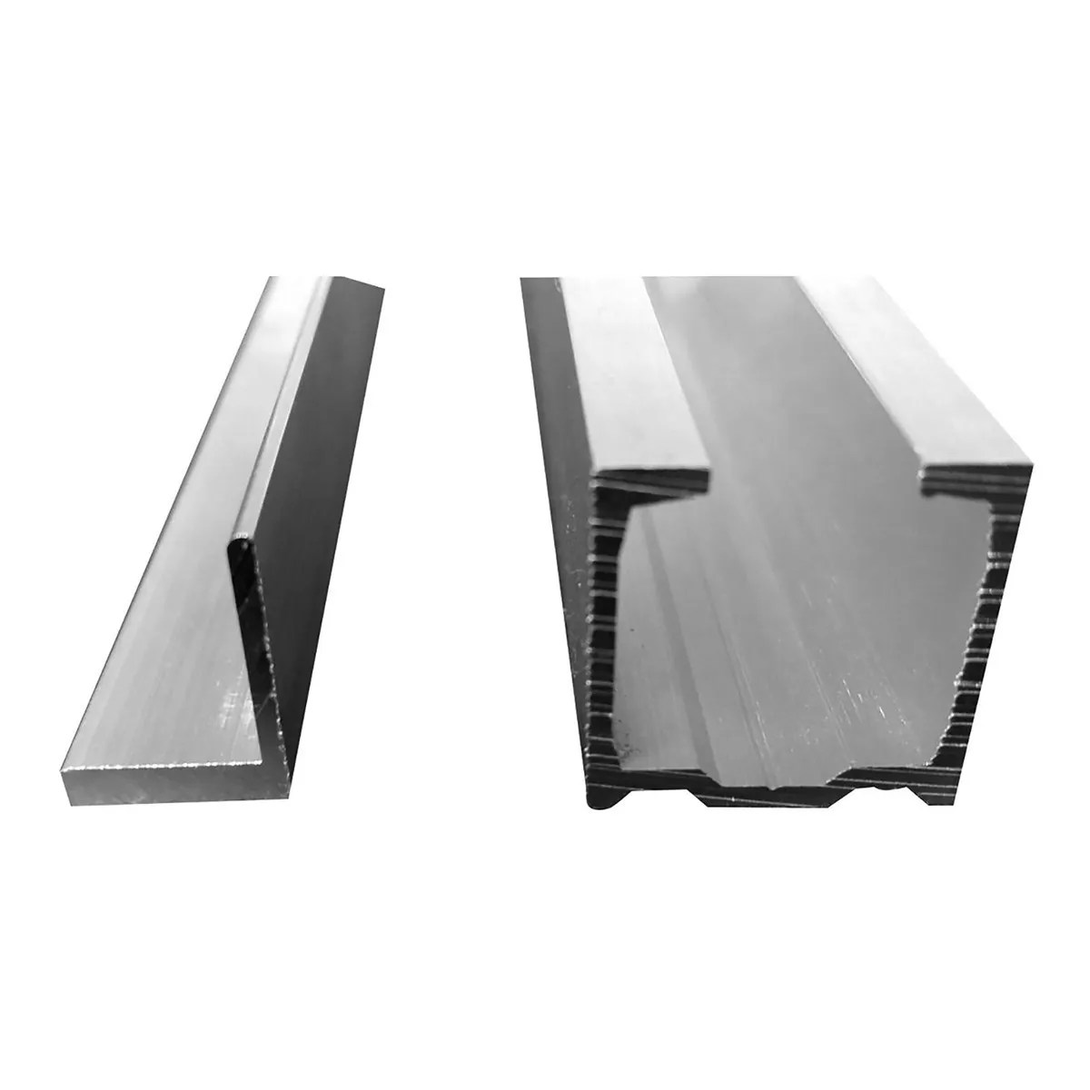 Da bricoman trovi prodotti tecnici professionali per la casa e la collettivitàcontrappeso 40x3 mm 210 cm in alluminio. Binari Abbinati Per Guarnitura Ante A Libro 20 Kg Bricoman