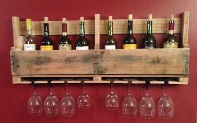 Estante de madera de palet para botellas de vino