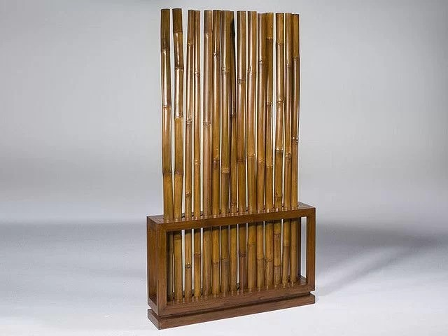 Separador de bambú como cabezal de cama