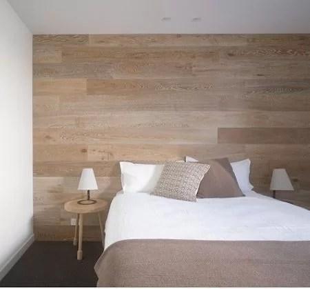 pared madera cama