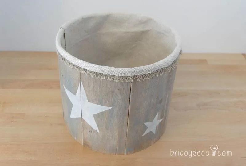 caja para los ovillos reciclando una lata