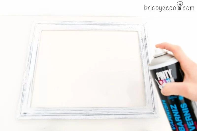 cómo hacer un cuadro con rosas de papel