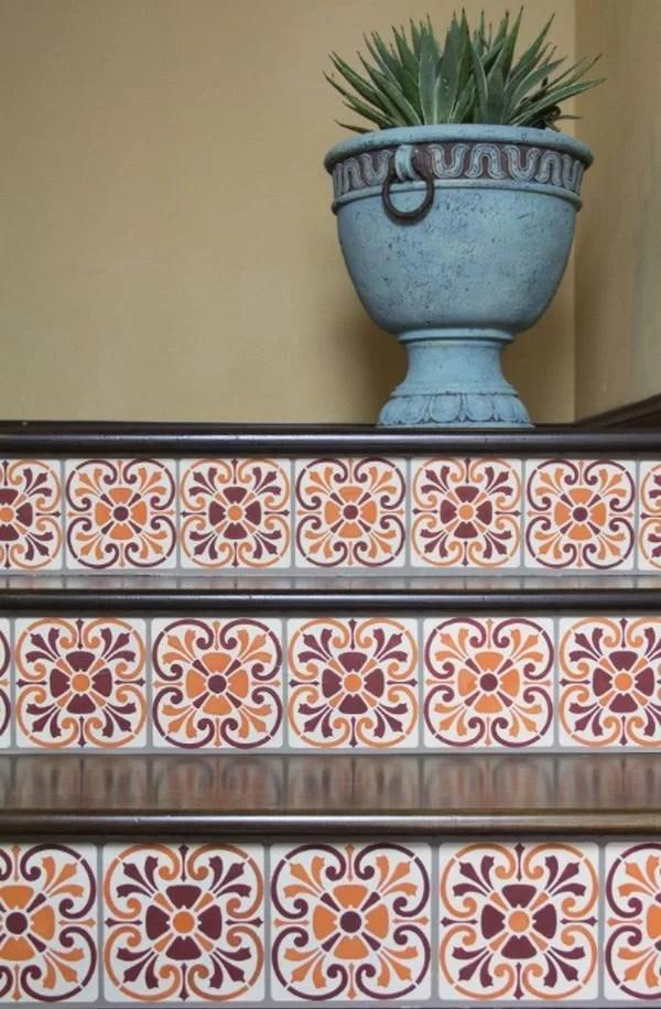 decorar escaleras con baldosas hidráulicas