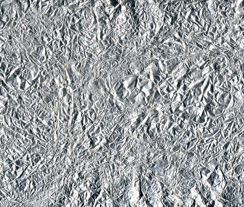 trucos para planchar menos con papel de aluminio