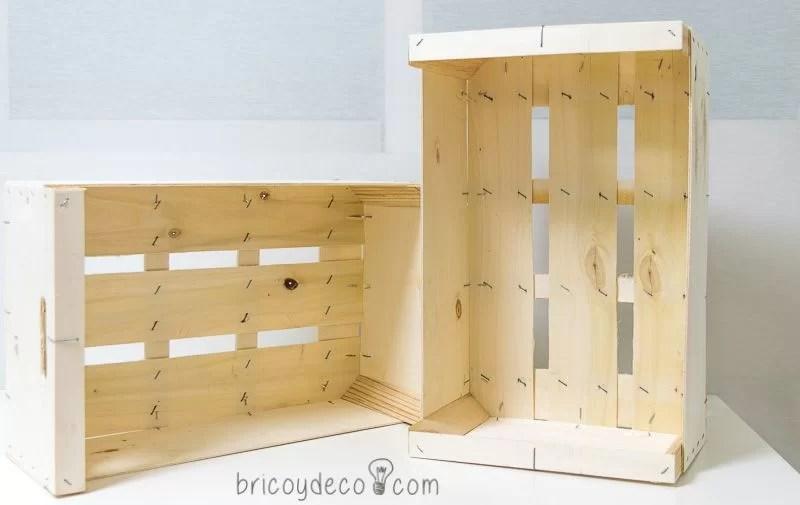 cajas de fruta para hacer una estantería