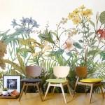 cómo decorar con papel pintado tropical