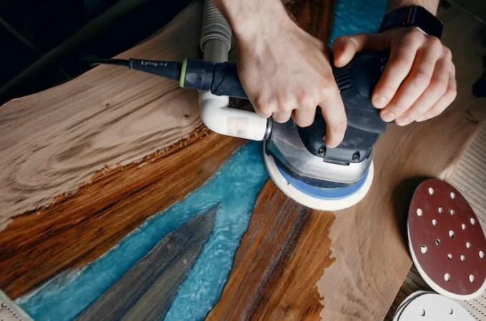 lijar y pulir la madera