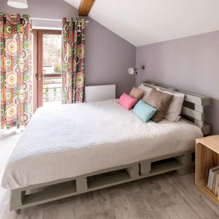 cómo elegir un colchón para una cama de palets