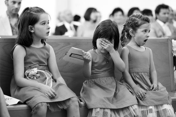 flower girl reactions to the first kiss
