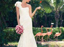 Paradise Found: Dreamy Destination Gowns Page 5 | BridalGuide