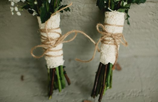 burlap and lace wedding bouquet
