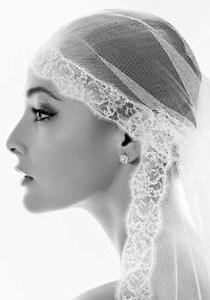 Bride Fashion Model (Black & White) 01