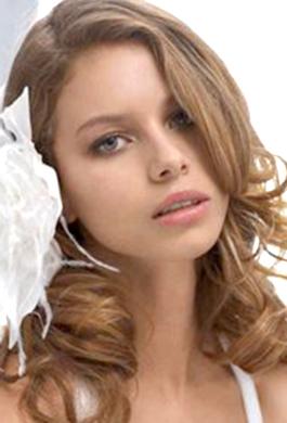 Bride Fashion Model 06