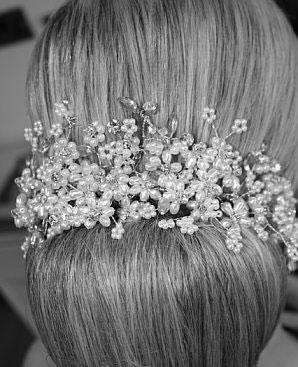 Brideca Bows Bands Amp Beyond Bridal Hair Accessories