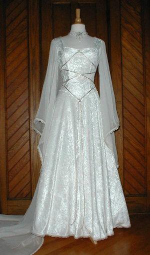 brideca  Bridal Fashion Medieval  Renaissance  Celtic Wedding Dresses