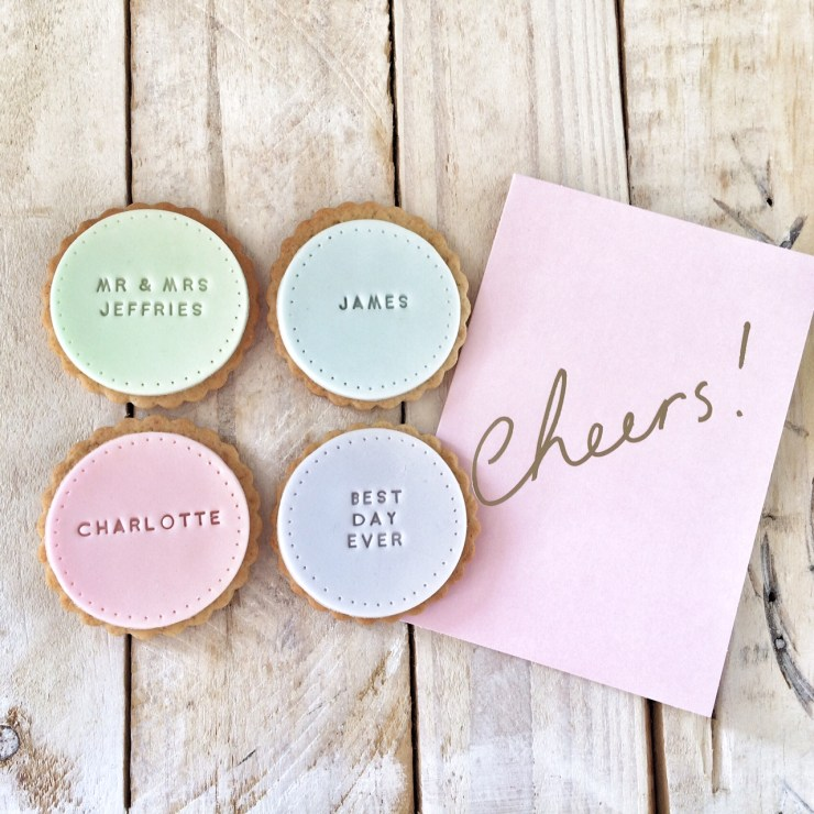 We Love: Edible Personalised Biscuits from The Kitsch Hen | British wedding blog - Bride and Tonic